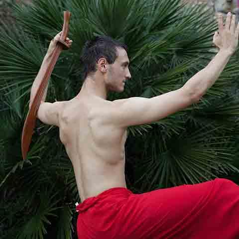 Nikolai Sämmer bei der Tai Chi Säbel Form