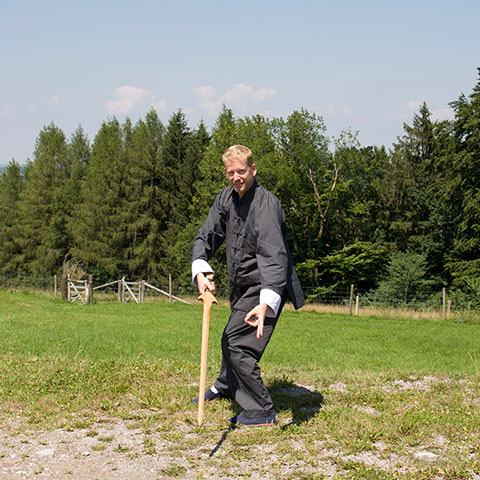 Alexander Sembritzki, Tai Chi Schwert Form; Foto: Christine Rühmer